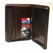 Carpeta con cierre en simil cuero con bolsillos interiores cod. 674 g