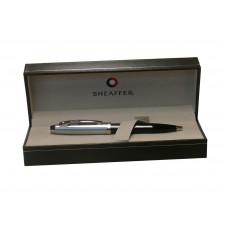 Bolígrafo Sheaffer 100 con cuerpo laca negra y capuchón en cromo mate modelo 9313-2